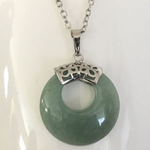 Green Glass Circle Pendant Necklace 18""